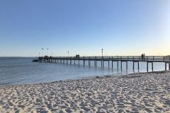 Seebrücke-Strand-Pelzerhaken