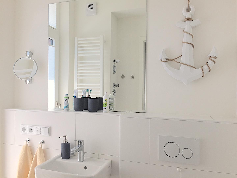 12-Kleines-Badezimmer-Anker  Südkap Pelzerhaken