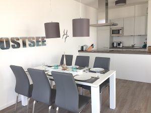 Südkap Pelzerhaken Penthouse Ferienwohnung mit Essecke für 6 Personen